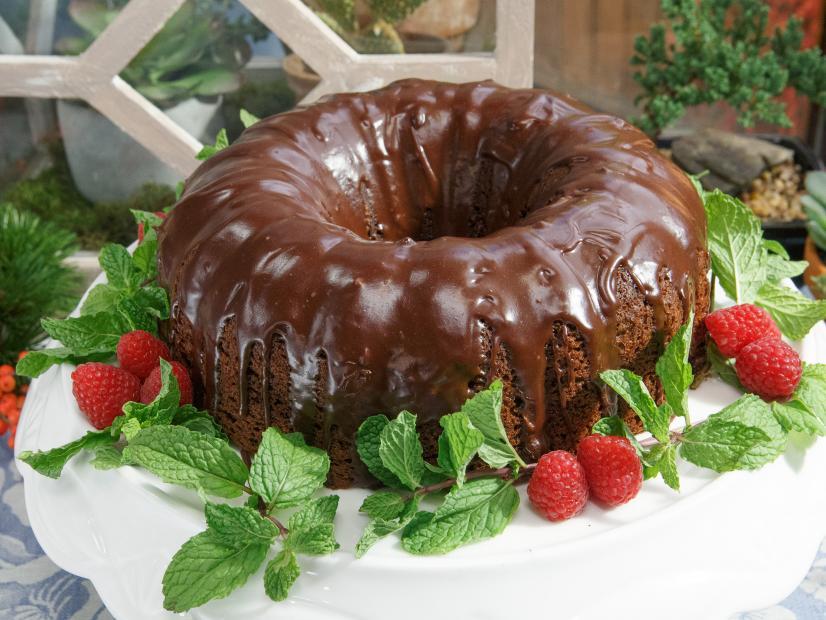 تزئین کیک با گاناش