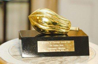 اعطای جایزه به جشن تولید کنندگان شکلات توسط آکادمی شکلات
